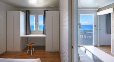 rooms with view to the sea